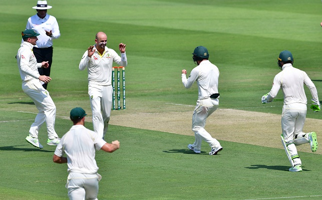 Pakistan bowled out for 282 in second Test