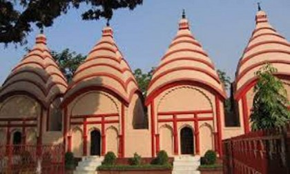 Prime Minister Hasina presents 1.5 bigha land to Dhakeswari Temple
