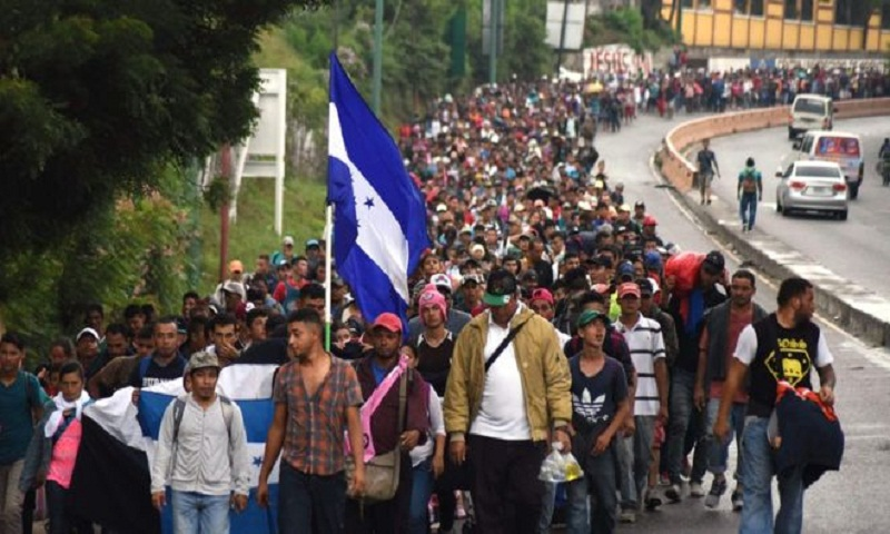 Migrant caravan: Mexico sends police to southern border