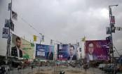 Afghans set to vote despite Taliban threats, corruption