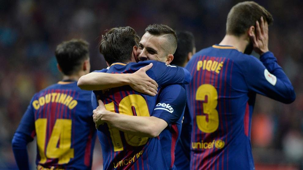 Barcelona reclaim top spot in the La Liga with 4-2 win against Sevilla