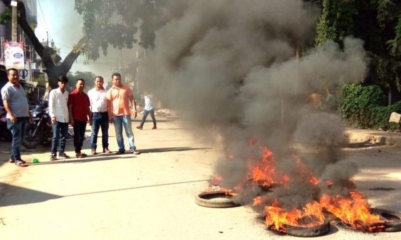 Assam shuts down against Citizenship Bill, protesters disrupt road, rail traffic