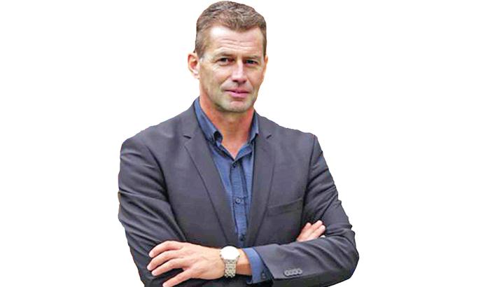 Greece coach Skibbe sacked