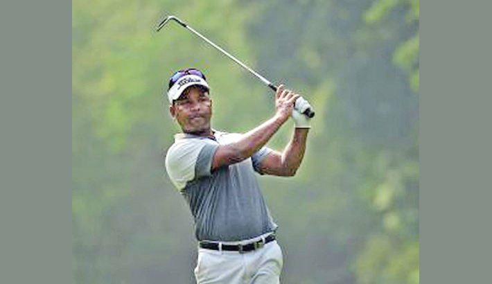 Siddikur on gear with joint lead in Panasonic Open India