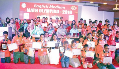 Winners of the '7th Academia English Medium Mathematical Olympiad