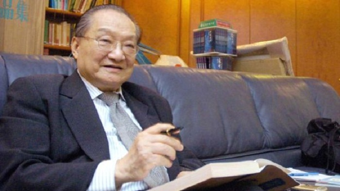 The 'Tolkien of Chinese literature' dies at 94