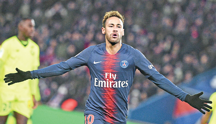 Mbappe, Neymar steer PSG to new win record