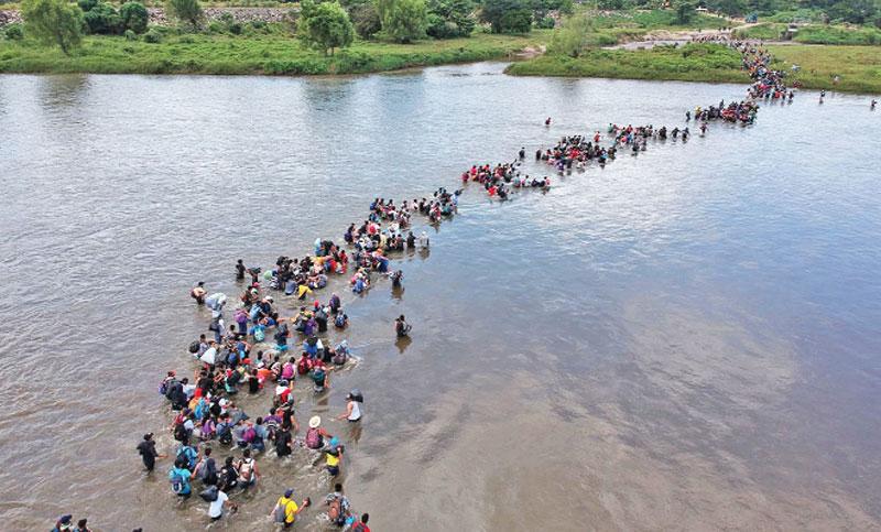 Crossing the Suchiate River to Mexico