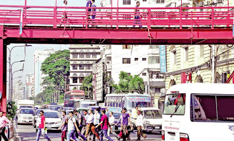 Why padestrians avoid footbridge?