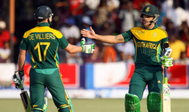 South Africa beats Australia by 6 wickets