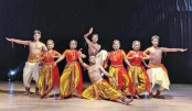 Dance soiree held at Chhayanaut Auditorium