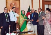 Prime Minister donates Tk 10 crore to BSMMU poor patients' fund