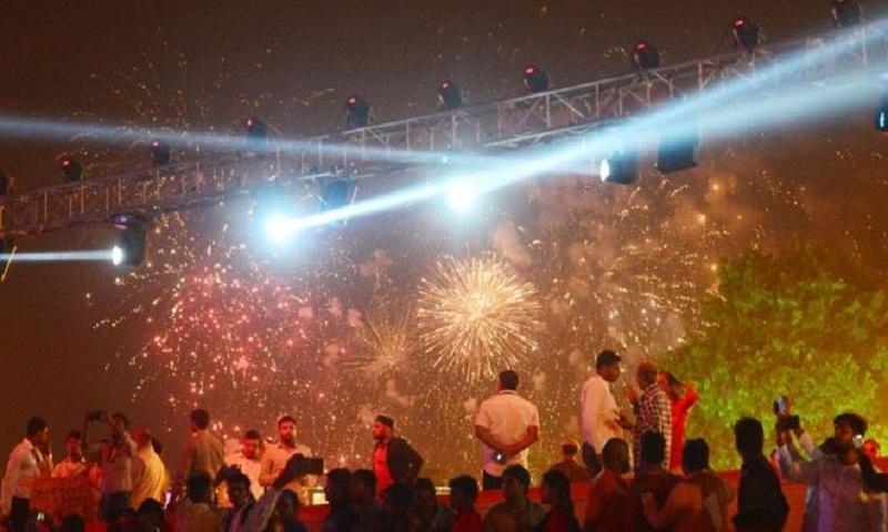 Delhi pollution: Are Diwali fireworks to blame?