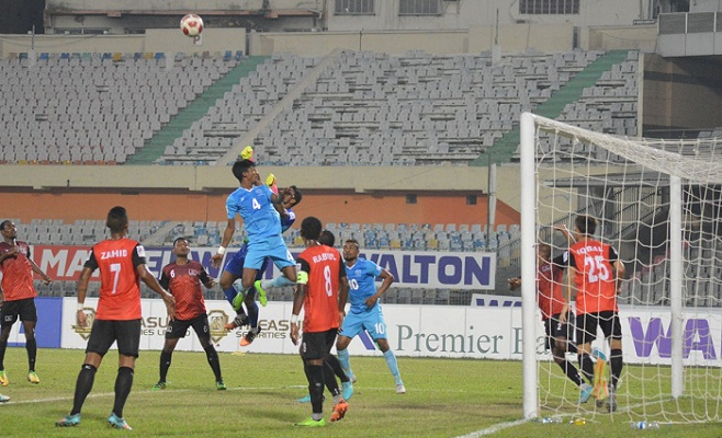 Dhaka Abahani advance to semifinals beating Arambagh KS