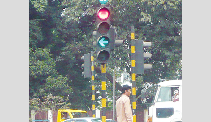 Remote control signal at 6 city intersections soon
