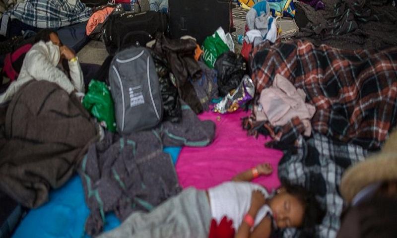 Migrant caravan spends night in central Mexican city
