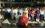 46th founding anniversary: Jubo League pays tributes at Bangabandhu portrait