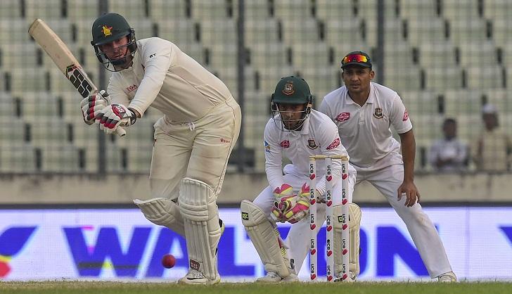 Mahmudullah, spinners give Bangladesh edge