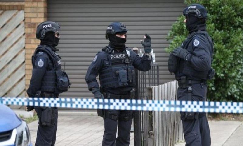 Melbourne 'terror plot': Three held over 'chilling' gun plan, police say