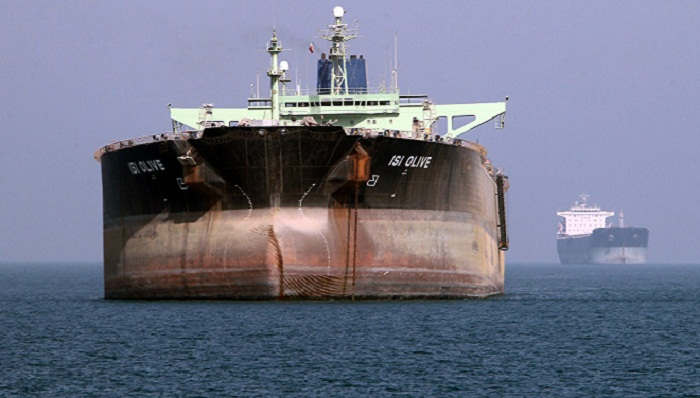 US sanctions Iran for shipping oil to Syria