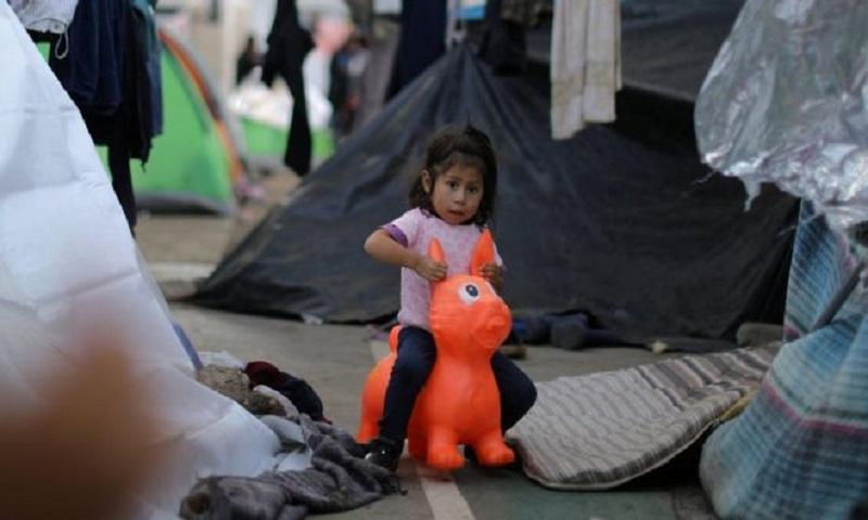 Migrant caravan: Mexican officials deny US border deal