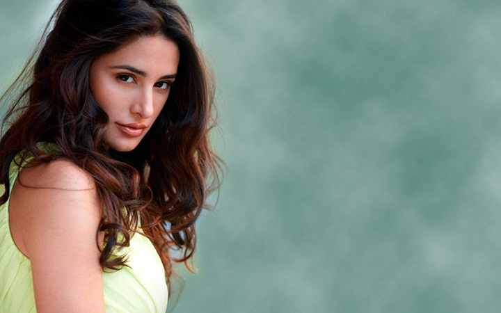 Nargis Fakhri prefers to shoot in London
