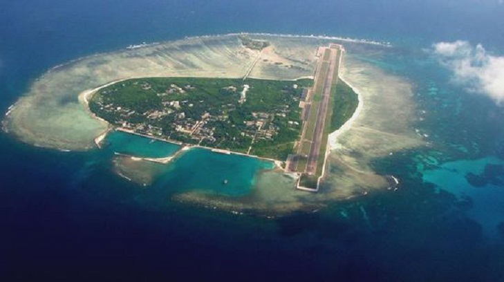 Beijing lashes out at US for South China Sea sail-by