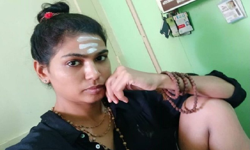 Sabarimala: India activist held for 'explicit' thigh photo