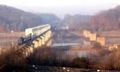 S Koreans go to North for railway reconnection survey