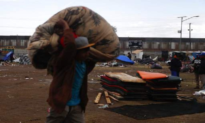 Mexican city shuts down migrant shelter near US border
