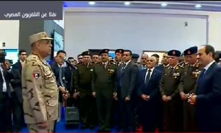 Egypt president opens first arms exhibition in Cairo