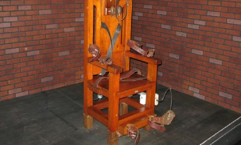 Tennessee inmate chooses electric chair over lethal injection