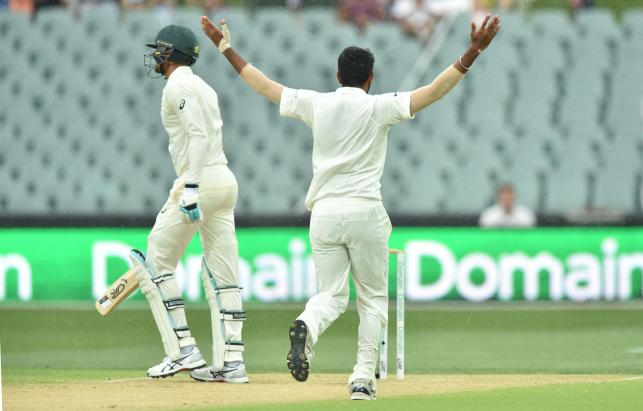 First test on knife-edge with Australia 15 runs behind India