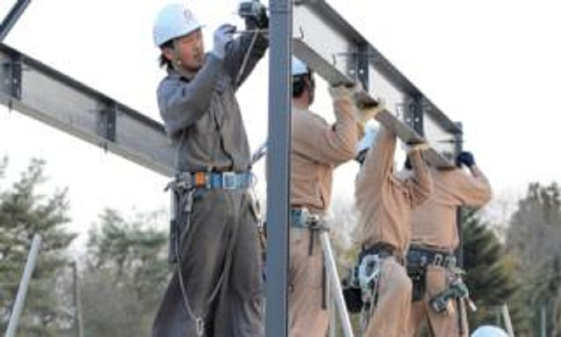 Japan eases rules for foreign workers
