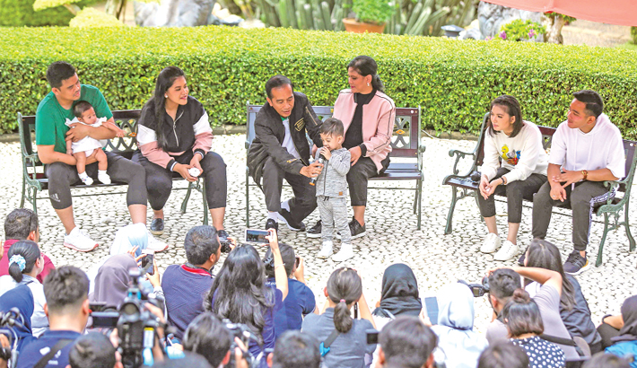 Indonesia's President Joko Widodo (3rd L) and his family