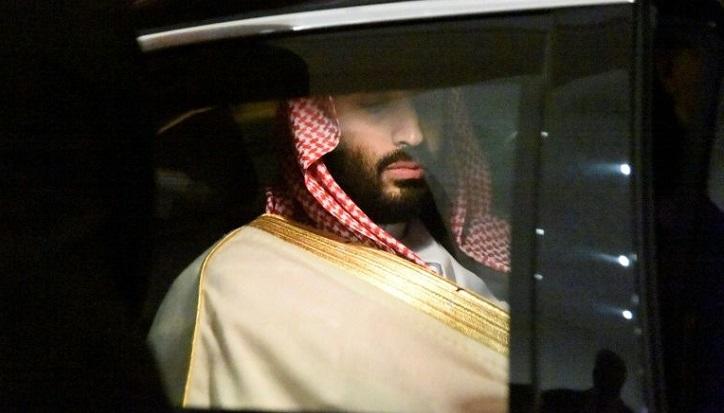 Qatar emir skips Saudi-hosted summit with Gulf rivals