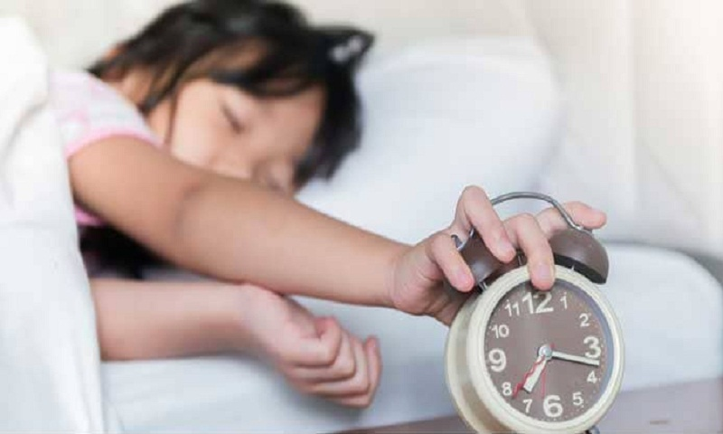 Fixed bedtime, sufficient sleep may lead to healthier teens