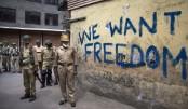 Militants kill 4 Indian police in Kashmir