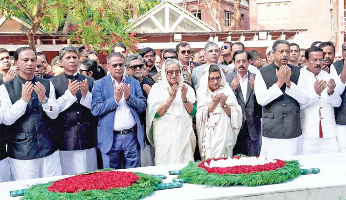 PM offers prayers at Bangabandhu's grave