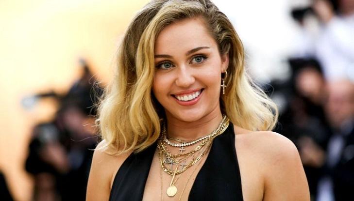 Miley Cyrus may star in Black Mirror