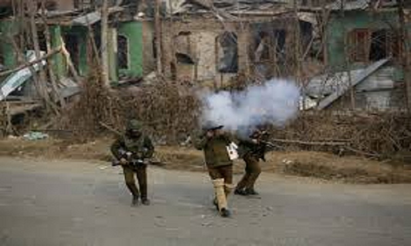 Indian forces kill 3 rebels, 2 civilians in Kashmir fighting