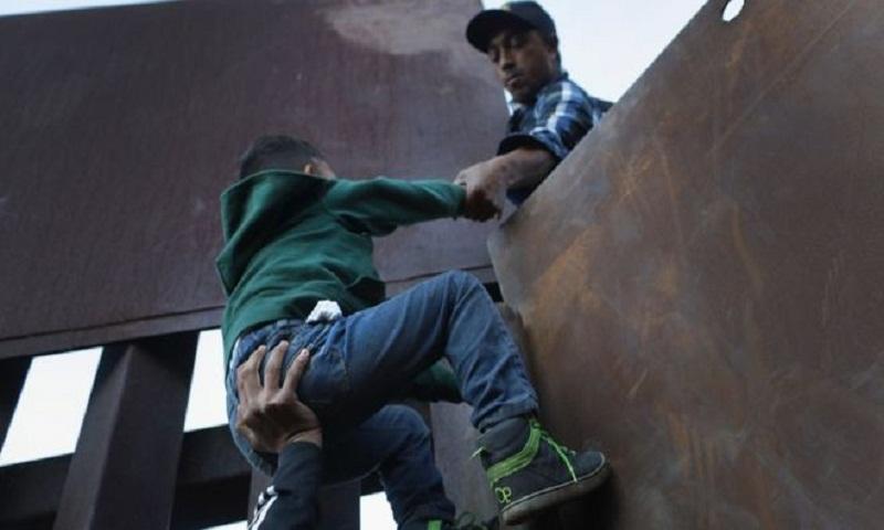 Migrant caravan: US to investigate after child dies in custody at border