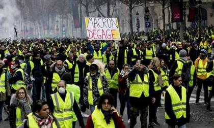 France set for more 'yellow vest' protests despite Macron concessions