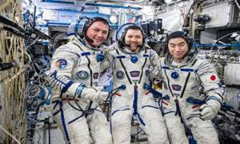 3 astronauts return to Earth from International Space Station