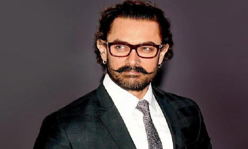 Aamir Khan: When I sign a film, I first look at the story
