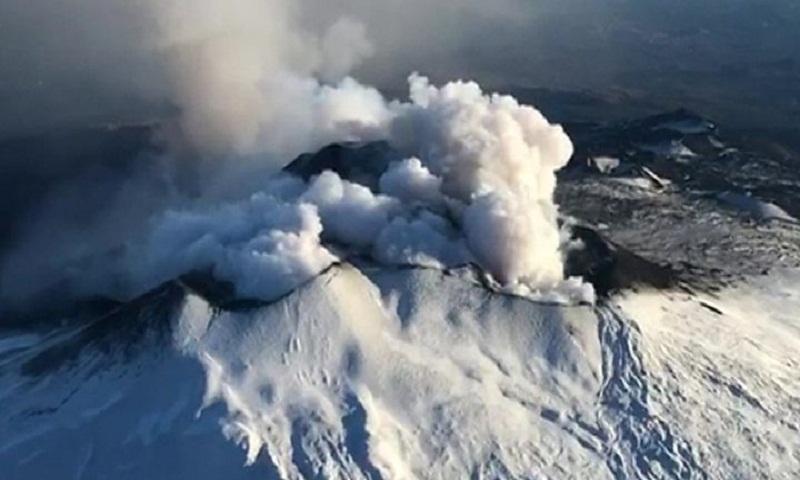 Mount Etna: New 4.8-magnitude earthquake hits Sicily