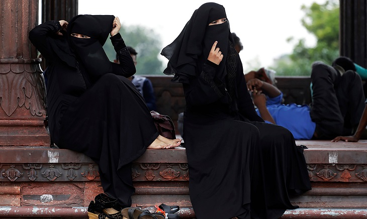 India's lower house OKs end to instant divorce for Muslims