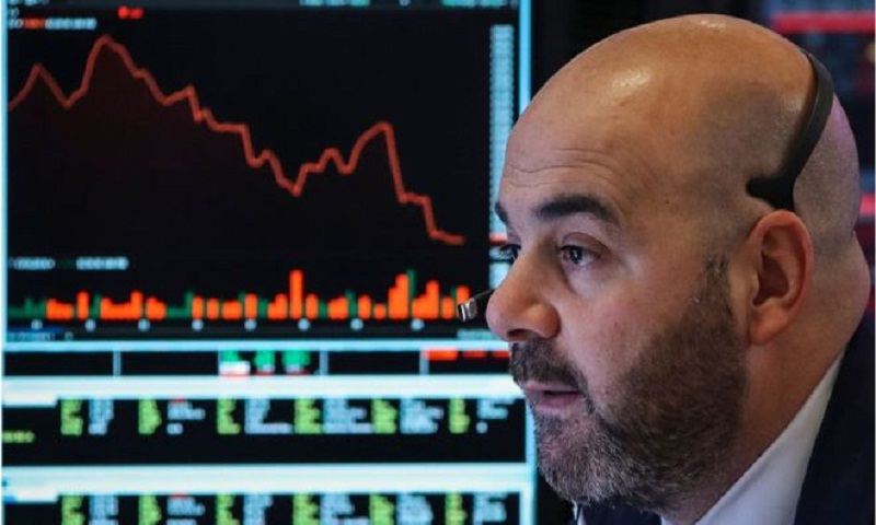 US markets mixed after turbulent week