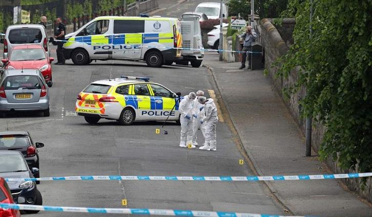 London police arrest 39 for attempted murder after stabbing