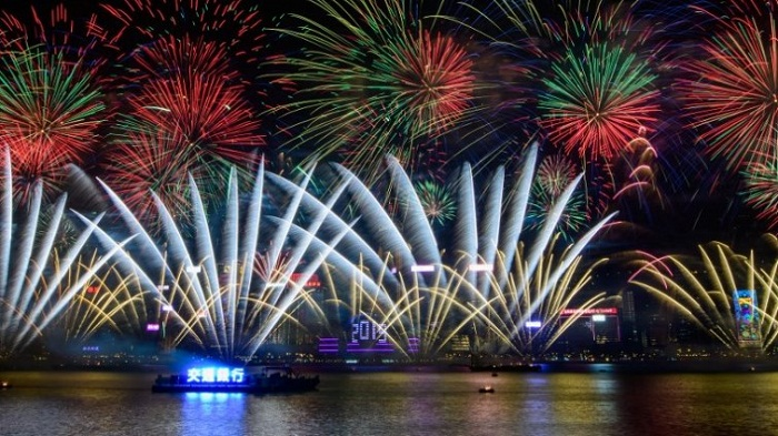 Sydney, Hong Kong kick off 2019 parties with dazzling fireworks